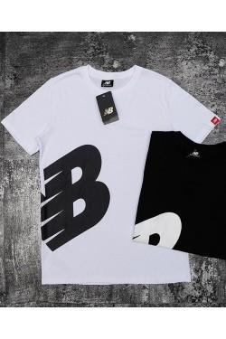 Мужская белая футболка New Balance